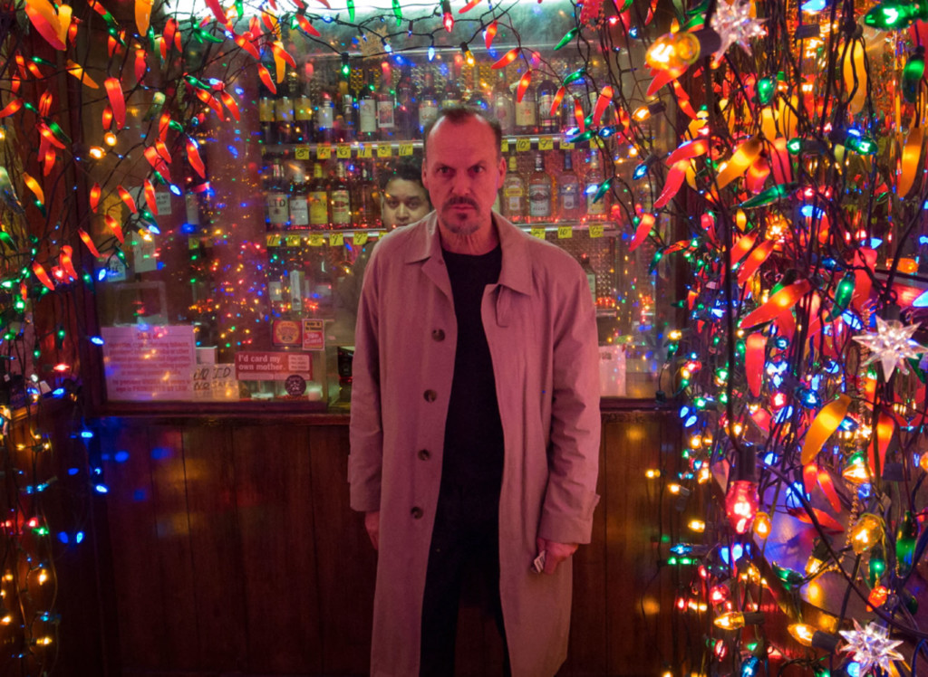 birdman-michael-keaton-christmas-lights-1-1024x748